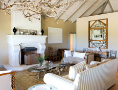 Equitania: A wine-estate home