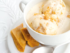 Honeycomb ice cream affogato with Baileys