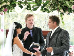 Kurt Darren ties the knot on Top Billing