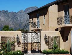Top Billing features showstopper home in Franschhoek