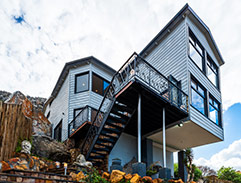 Top Billing features an incredible container home in Cape Town