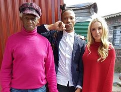 Top Billing visits the famed photojournalist Fanie Jason