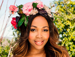 We turn blossoms into fashion with flower crowns