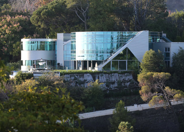 Justin Bieber glass home Beverly Hills