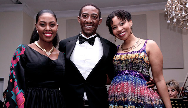Opera stars on Top billing 1