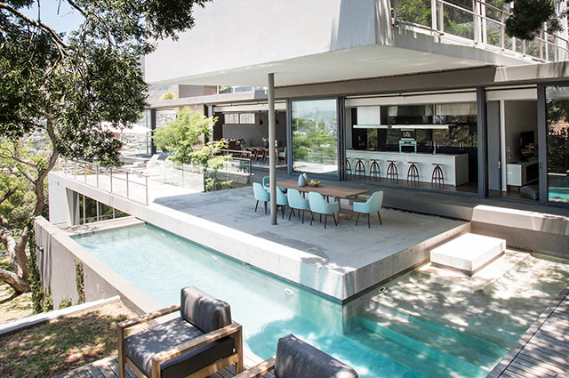 Top Billing features a spectacular Tamboerskloof home 1